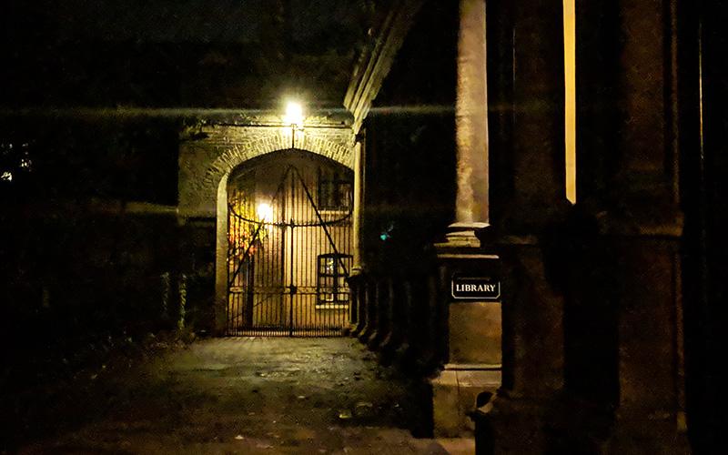 Visit Cambridge Ghost Tour